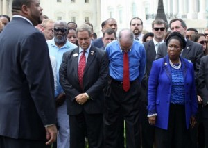 361863-remembering-those-who-died-in-charleston-church-shooting-03147